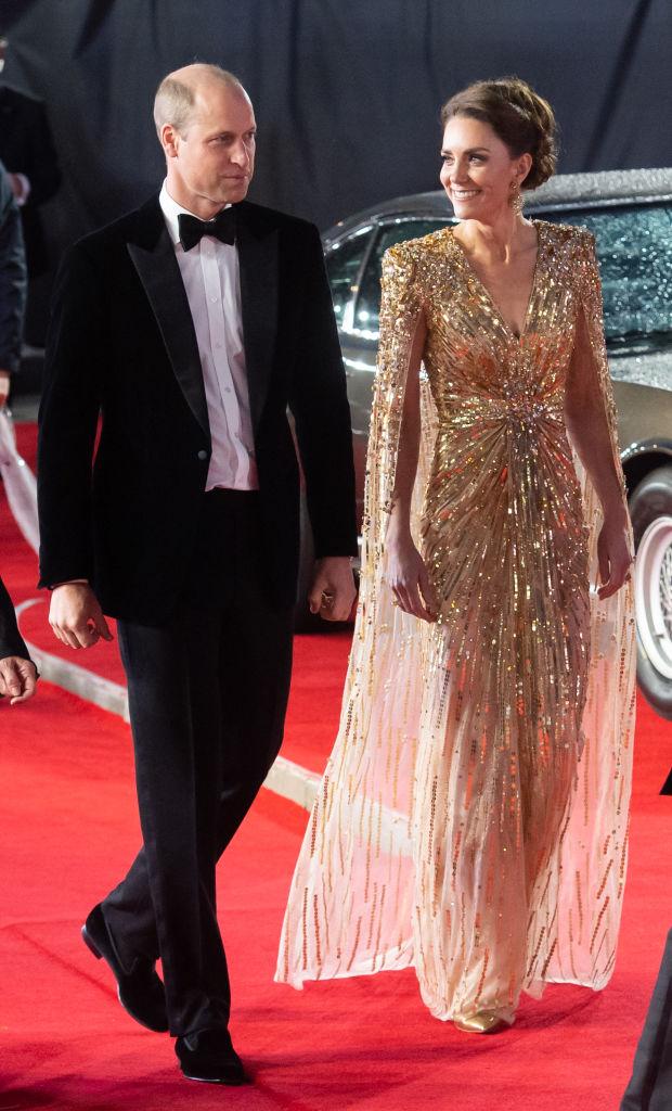 Премьерный показ: Кейт Миддлтон вновь повторила образ принцессы Дианы-Фото 1