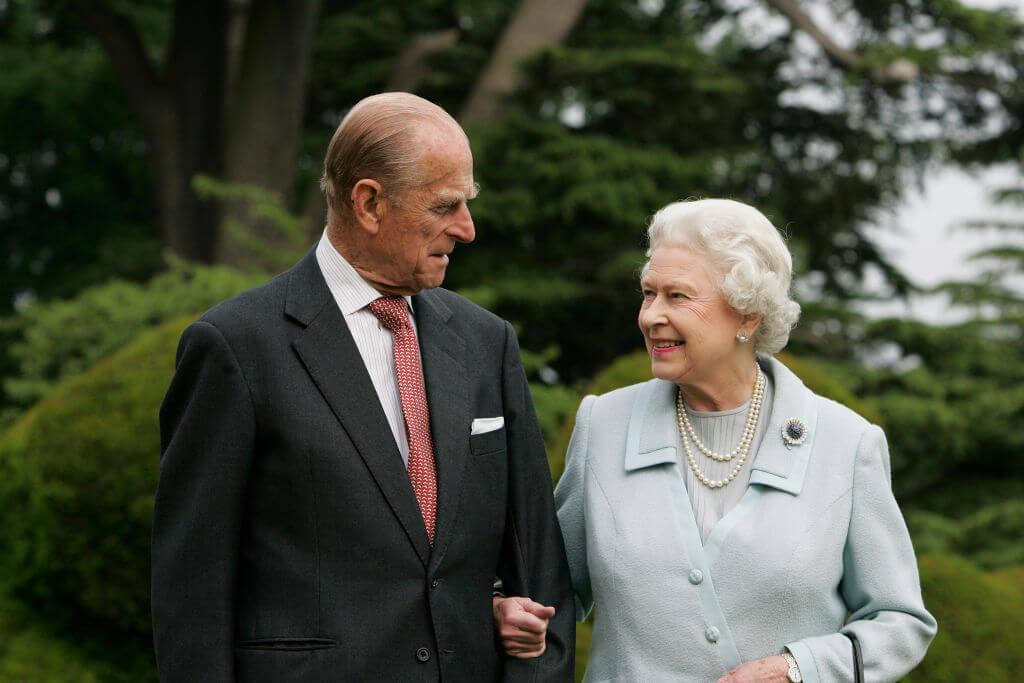 Королева Елизавета II впервые заговорила о принце Филиппе после его смерти-Фото 1