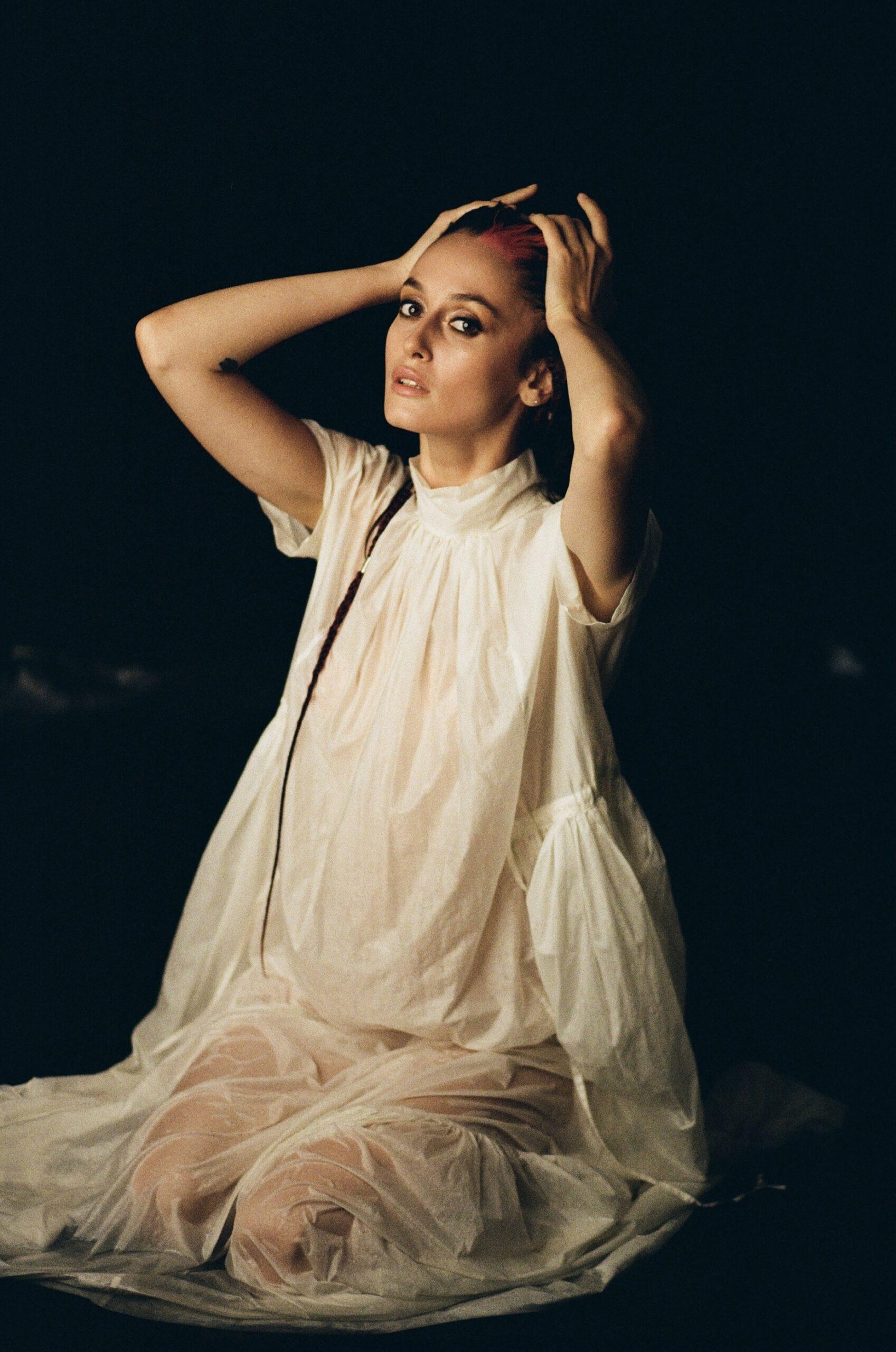 Про що мовчить жінка: Alina Pash, українська співачка, реперка-Фото 2