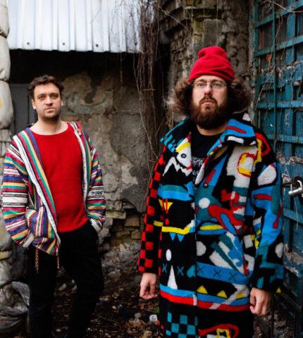 Small Talk: Роман Григорів та Ілля Разумейко, українські композитори, автори Opera Lingua-430x480