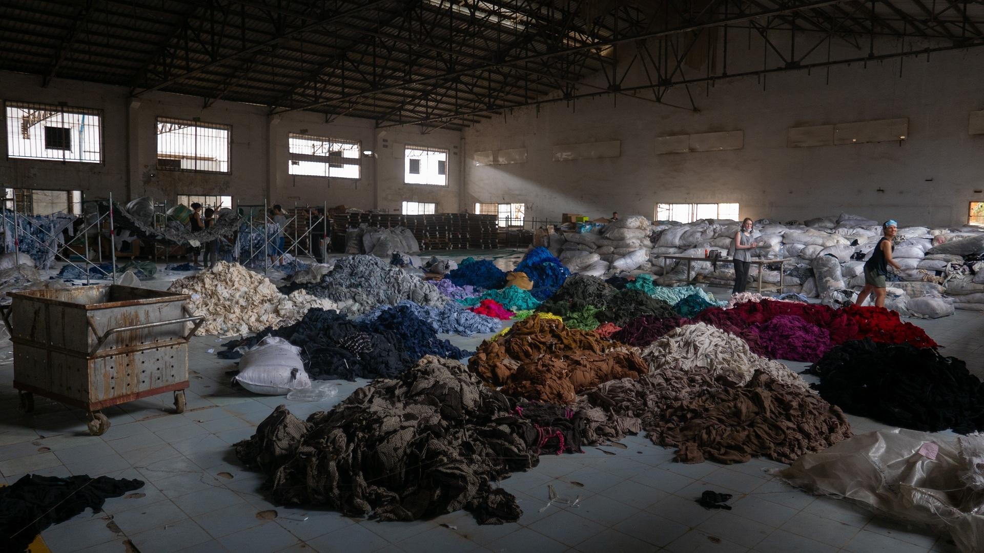 Sustainability Guide: 26 неприятных фактов о быстрой моде, которые вдохновят на переход к осознанному потреблению-Фото 2