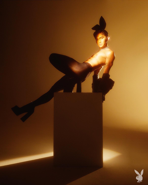 Впервые в истории на обложке Playboy появился мужчина-гей-Фото 3