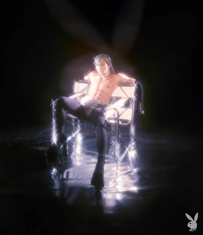 Впервые в истории на обложке Playboy появился мужчина-гей-Фото 4