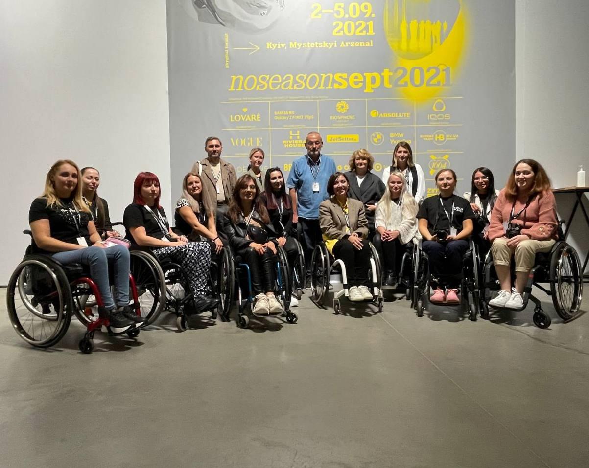 Fashion Inclusia: Як 30 людей з інвалідністю  здобули навички фешн-професій-Фото 4